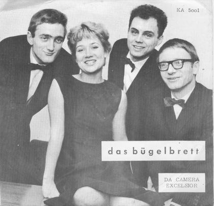 v.l.n.r.: Pit Knorr, Hannelore Kaub, Mann (ohne Brille), noch'n Mann (mit Brille).